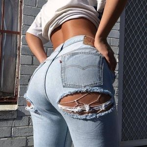 Vintage Levi's Ass Rip High Waist Jeans Re/Done